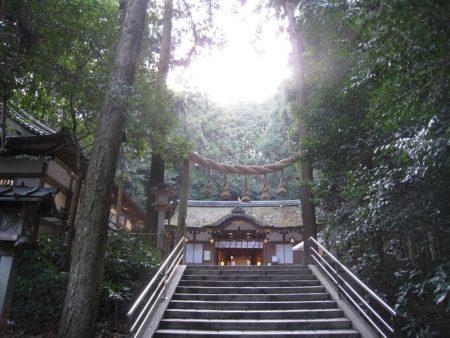 14.狭井神社