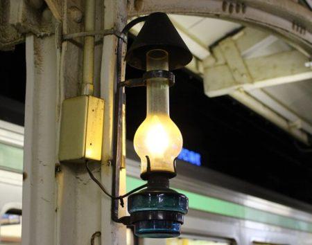 06.小樽駅のランプ