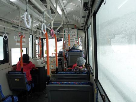 07.コミュニティバスから見える幻想的な風景の写真
