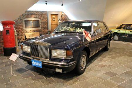 04ダイアナ妃が乗った車の写真
