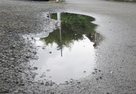 04.水溜まりの写真