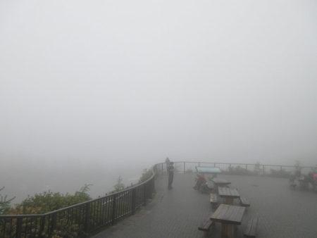 07.真っ白な霧の写真