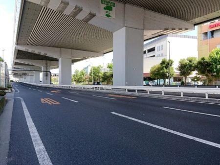 04.立派な幹線道路の写真