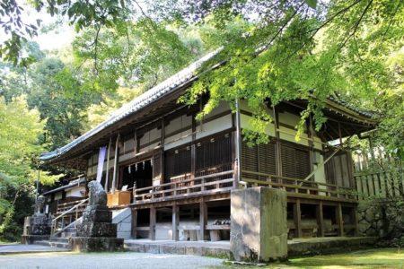 12.笛吹神社 拝殿の写真