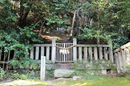13.笛吹神社の『古墳』の写真
