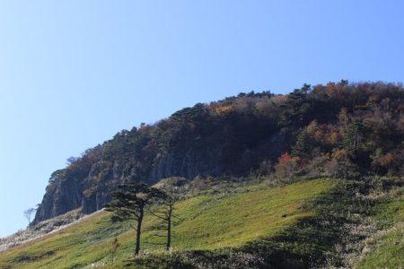 06.船上山の屏風岩の写真(2)