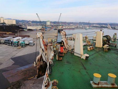 02.志布志港へ到着した所の写真