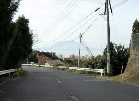 08.県道478号線から見える桜島の写真