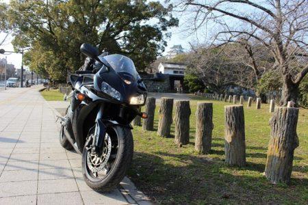 14.和歌山城とCBRの写真
