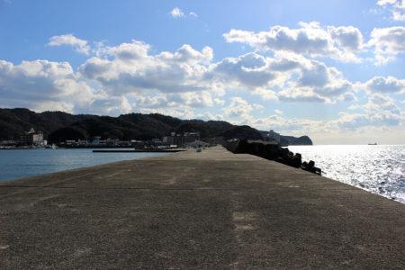 14.魚釣り場、堤防に写真