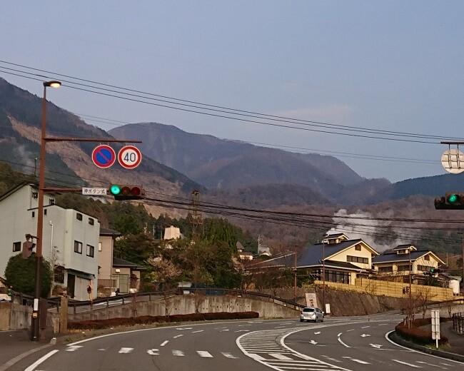 04.湯気が立ち上る別府の街の写真