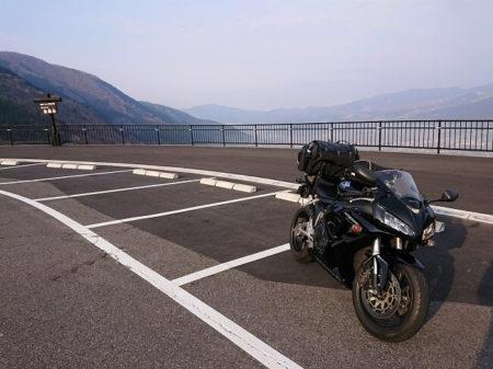 06.狭霧台とCBRの写真