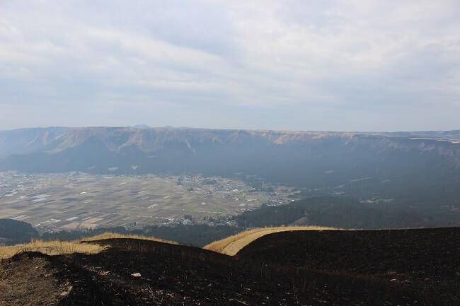 25.外輪山の写真(3)