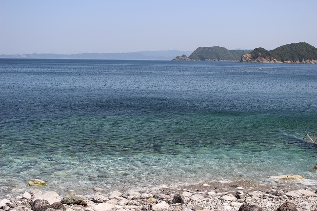 18.綺麗な海の写真
