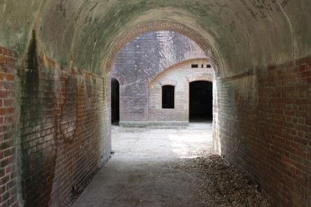 19.第三砲台跡入口の写真