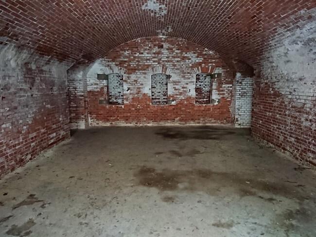 21.弾薬支庫内部の写真