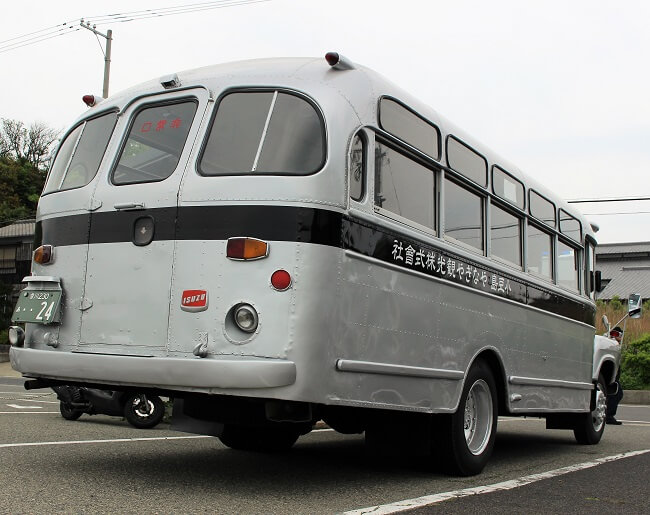 04.ボンネットバスの写真(2)