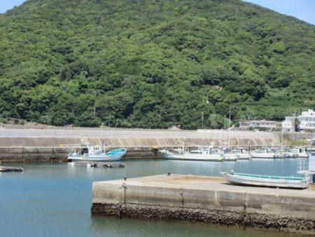 01.衣奈漁港の写真
