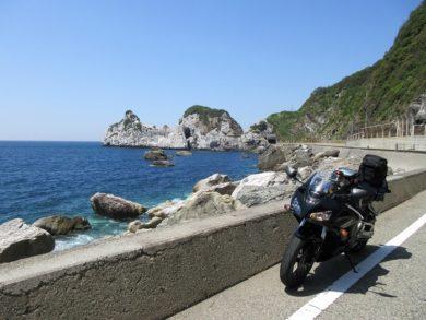 白崎海洋公園周辺の道沿い