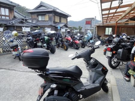 駐輪スペースの写真