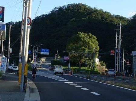 国道173号線山岳地帯入口の写真