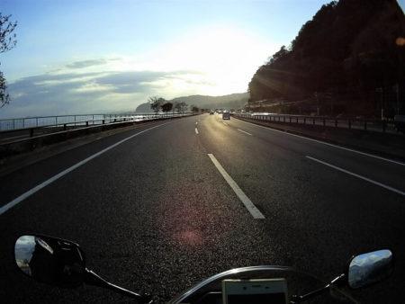 国道10号線を南下する写真