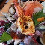 塩湯の海鮮丼がヤバ過ぎる! 値段も彩も最強レベル!