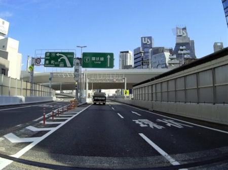 朝から阪神高速へ飛び乗った写真