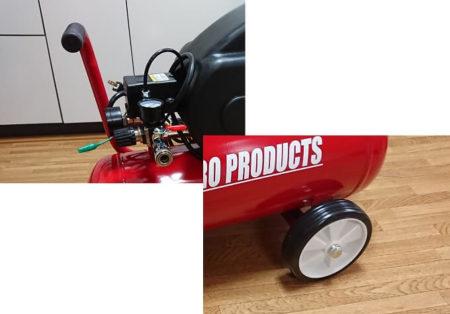 コンプレッサーのハンドルと車輪ではしんどいという写真