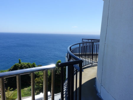 樫野埼灯台から見下ろす風景の写真
