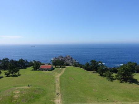 観光タワーから見下ろした本州最南端方面の写真